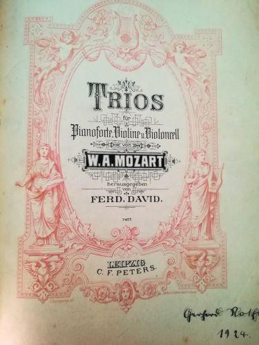 W.A.Mozart - Trios (MUSICAL SCORE BOOK)